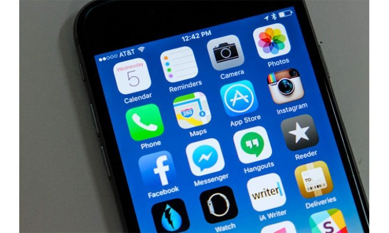 Apple iphone ipad ios 9 security flaw lets malicious apps