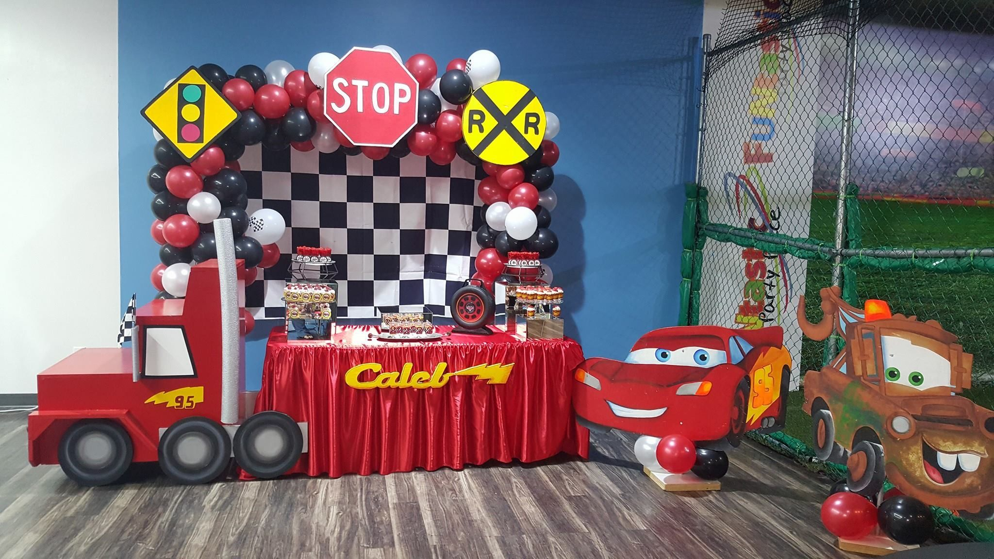 Cars Lightning Mcqueen Birthday Party With Images Birthday