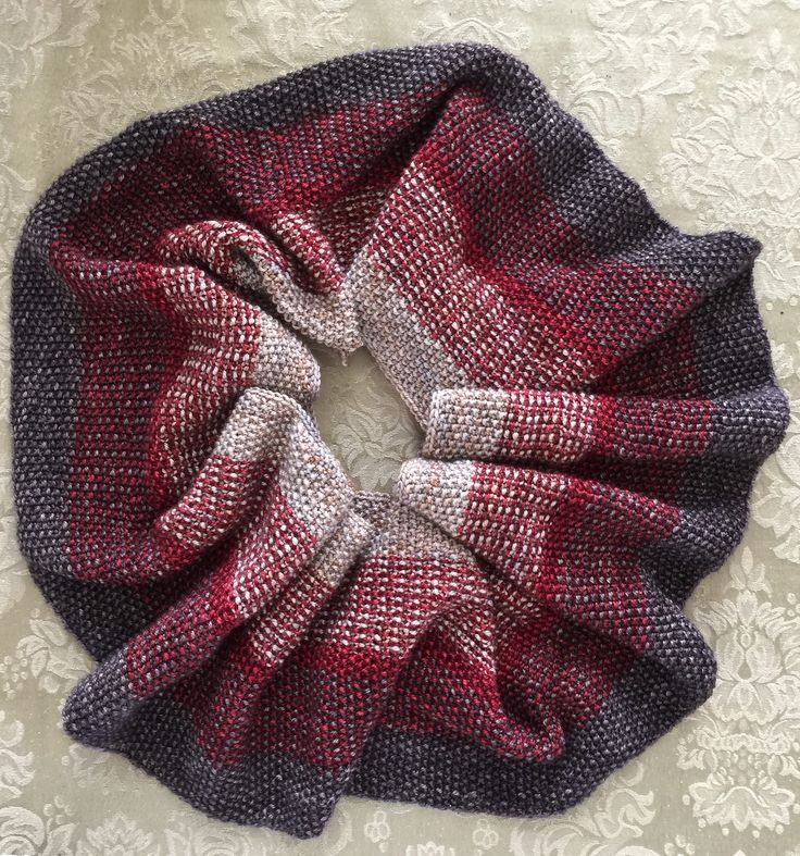Pin by Pat Carpenter on Knitting: Cowls | Infinity scarf ...