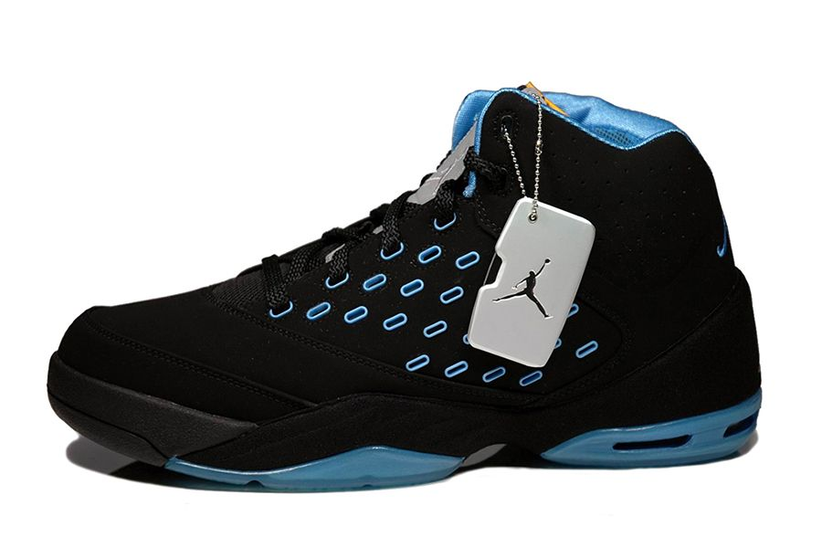 dadc8740d4b A History of Carmelo Anthony s Signature Shoes with Jordan Brand Page 2 of  10 - SneakerNews.com