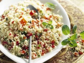 Türkischer Couscous-Salat