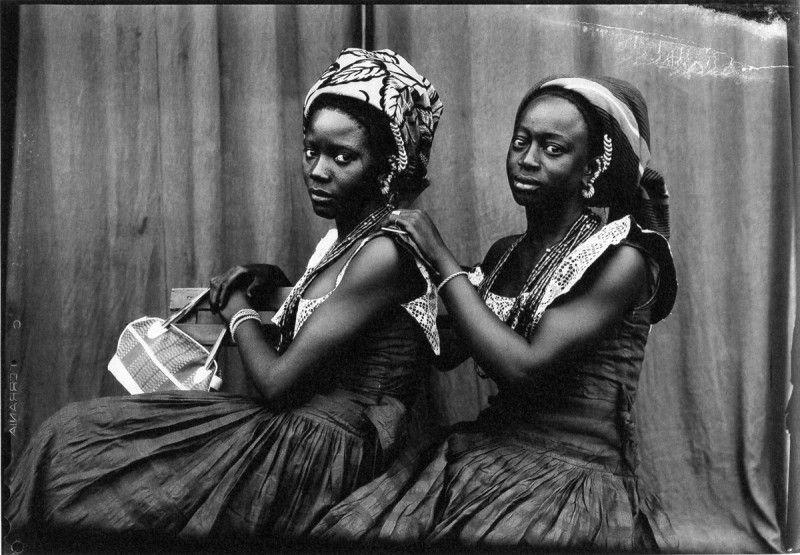 Eternally inspired by the photographs of iconic Malian photographer Seydou Keita.