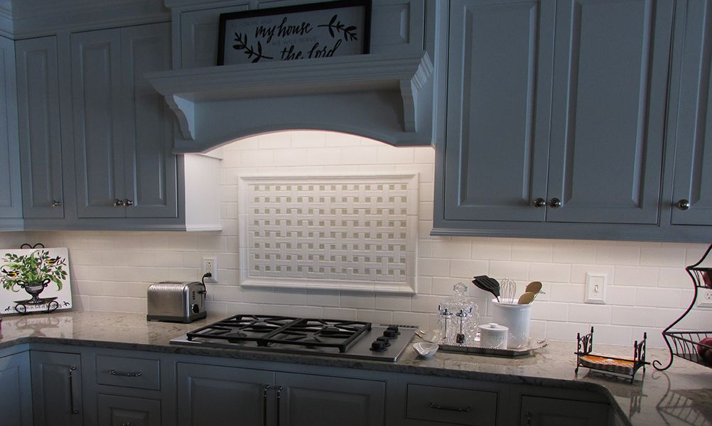 Kitchen Backsplash W Accent Frame Featuring Encore Ceramics