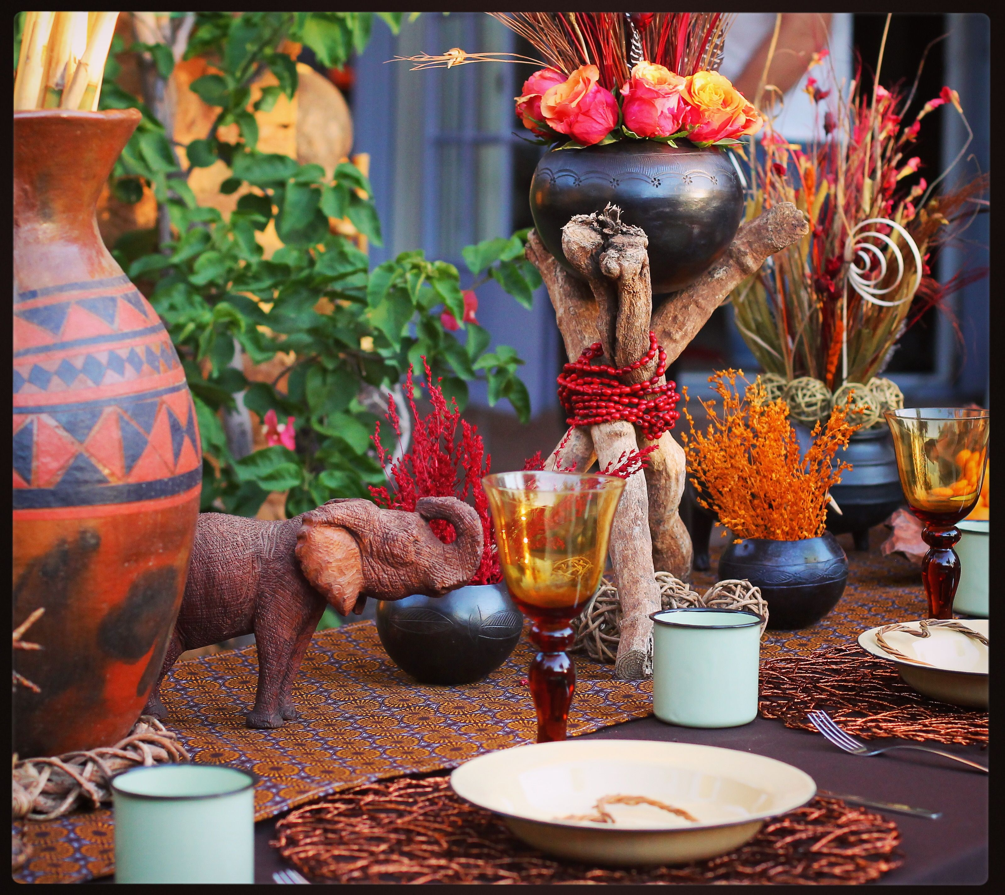 Traditional african wedding decor zulu wedding for African wedding decoration theme