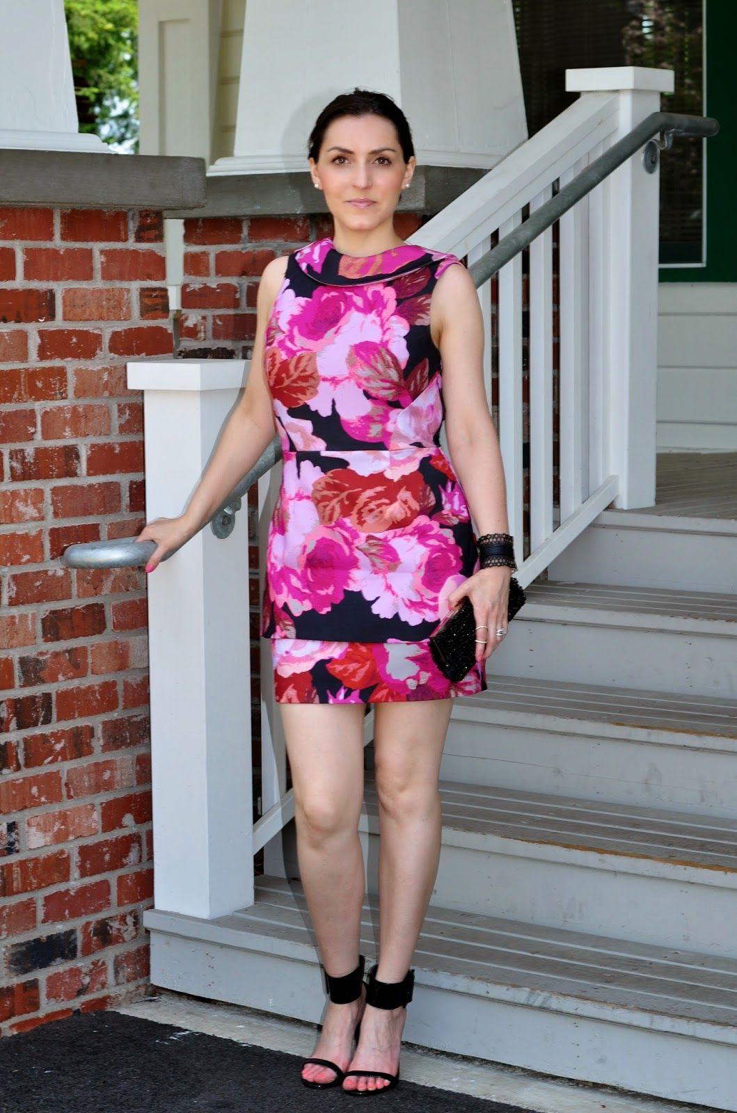 Kiki Simone Fashion - Fashion blog by Kiki Simone Williamson: clothing: MEET ME IN THE GARDEN FLORAL DRESS