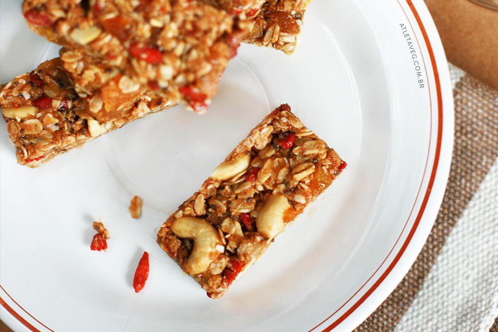 Barrinha de Cereal Caseira – Super fácil e nutritiva | www.atletaveg.com.br