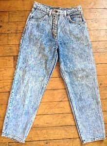 An original pair of Levi s 501 acid-washed high waisted jeans from the 80s c1d04aefa743