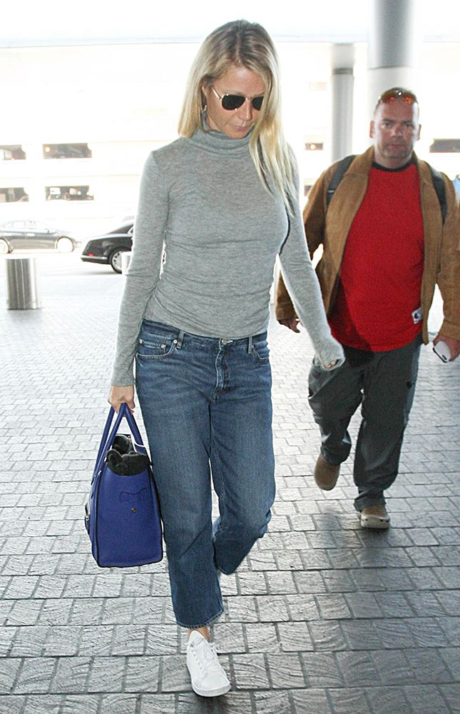 a9db9f7c6cba Just Can t Get Enough  Gwyneth Paltrow and Her Céline Luggage Tote ...