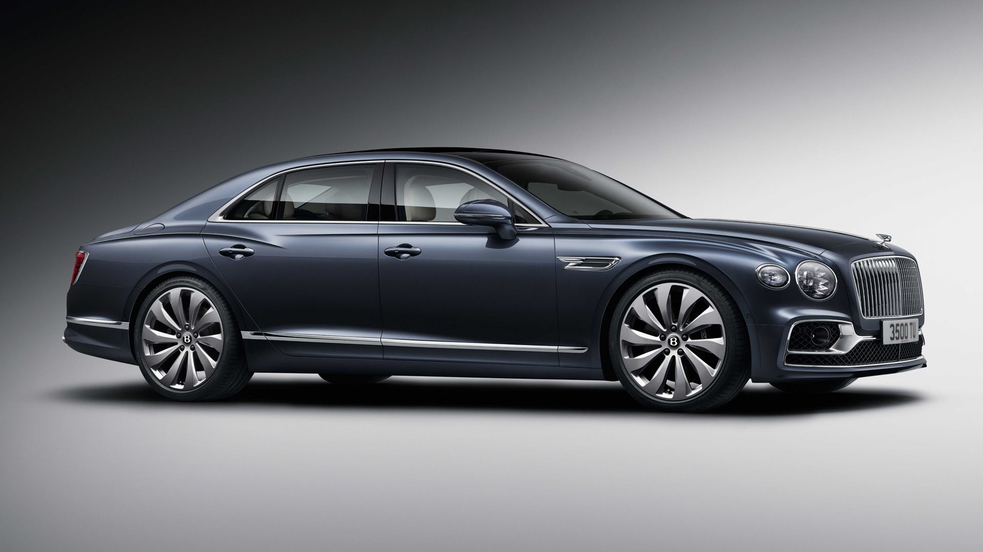 2020 Bentley Flying Spur Is Sporty And Stately In A Single Package Bentley Flying Spur Flying Spur Bentley 4 Door