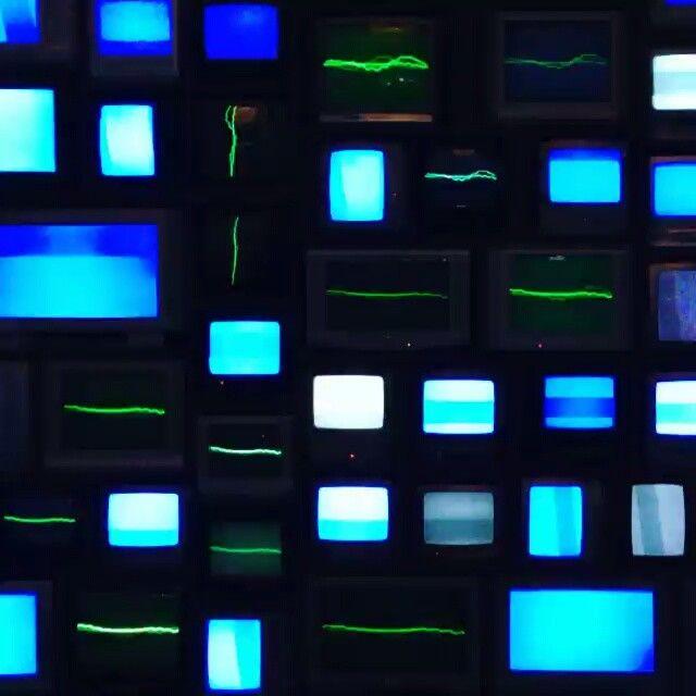 Recommend  Les Abattoirs, Musee d'art contemporain ;) #robots #robotspacebrain #technology_arts #artistsoninstagram #entertainment #galeryart #geeks #nerds #computerscience