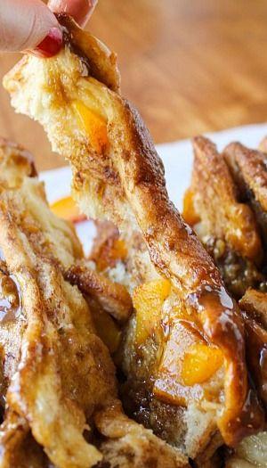 Peach Pull-Apart Bread with Caramel Sauce