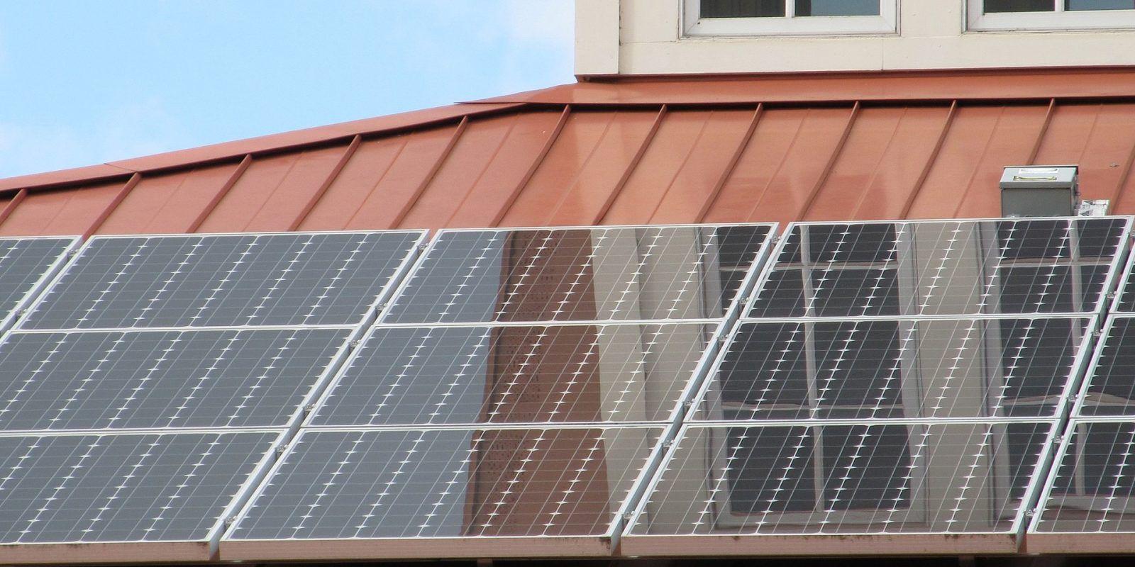 Egeb Indiana Solar Struggles Google S Taiwan Solar Project Nc Open For Wind Solar Panels Solar Energy Panels Best Solar Panels
