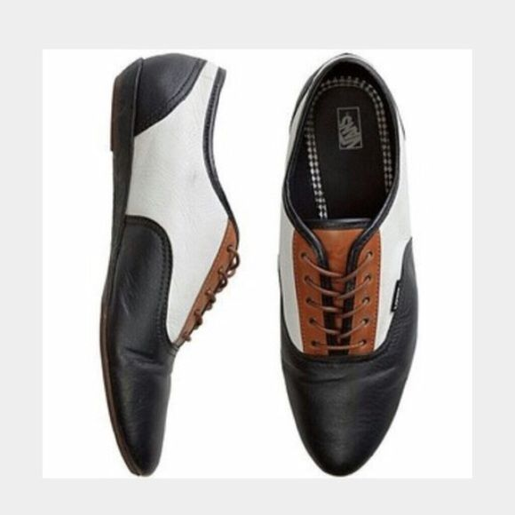 c4a2a84ef7 Colorblock Vans Sophie Oxford Shoes These are a re-posh. They are black
