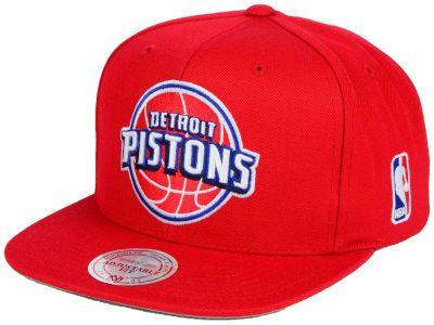 sports shoes 56dea f7076 Detroit Pistons Mitchell and Ness NBA XL Logo Snapback Cap   lids.com