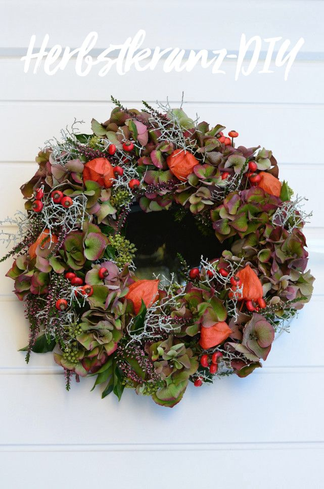 Photo of Make the autumn wreath yourself: an autumn decoration for the front door