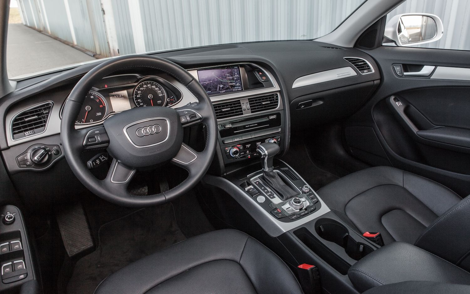 2013 Audi A4 2.0T Front Interior Nice