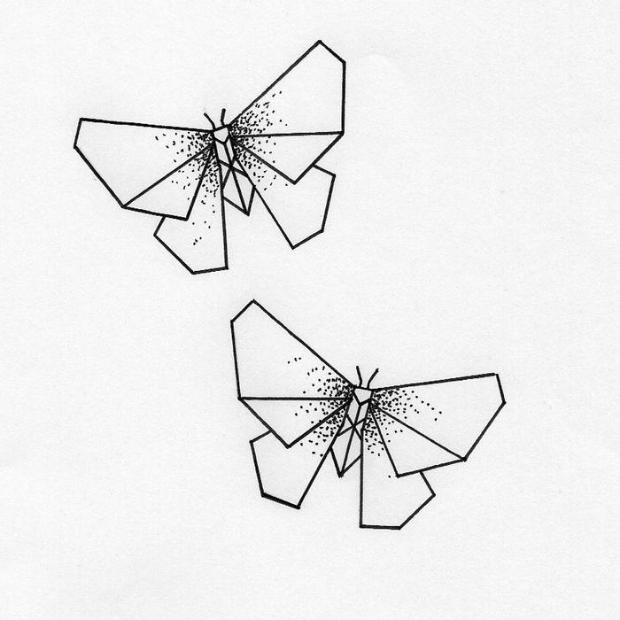 Geometric Tattoo Papillons Qui Vole En Origami Avec Des Points