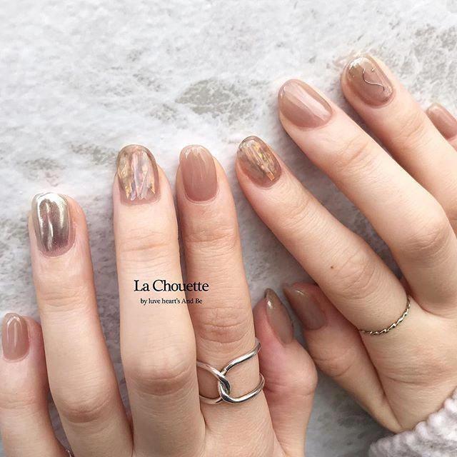 . staff nail 𓂃 ( @miiiiiyu92 ) . カラーを pink brown でお任せいた…