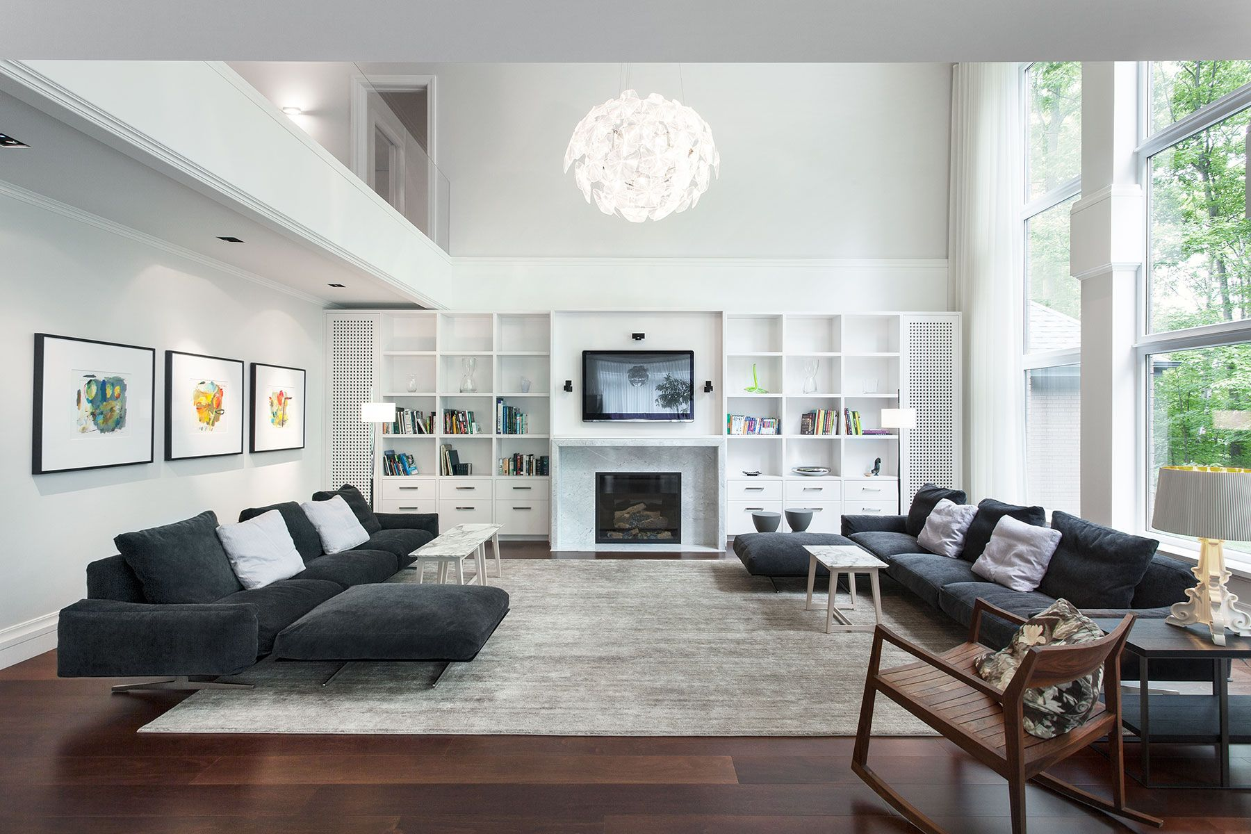 Modern Living Room Ideas With Dark Wood Flooring Plus Gray Rugs Also Gray Couch And Country Living Room Design Furniture Design Living Room Modern Living Room