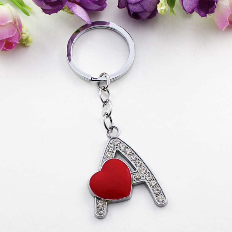 2016 New Fashion Red Heart Clear Crystal Initial Letter Keychain for Women  Love Key Chains Metal Letter Name Key Ring Gifts 7831c89056