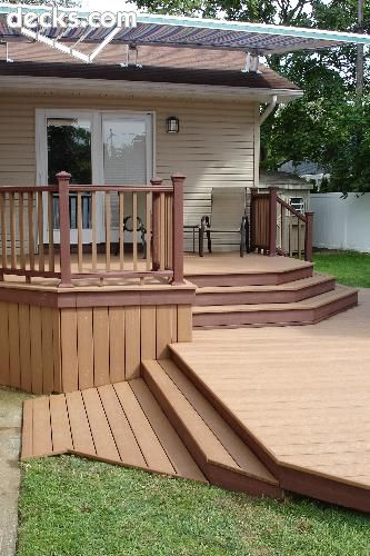 To Blend Your Yard And Deck Use A Wide And Angled Stair