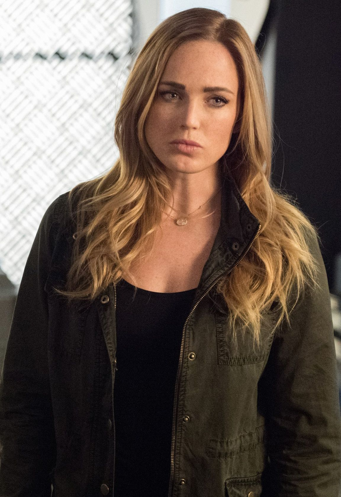 Sara Lance  White Canary Caity Lotz In Legends Of -2309