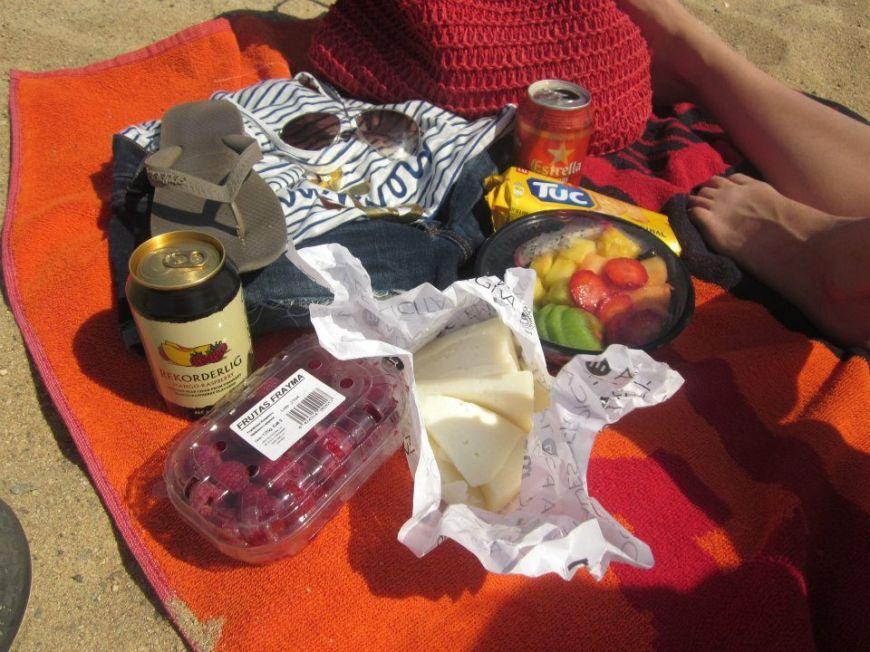 Barcelona beach picnic