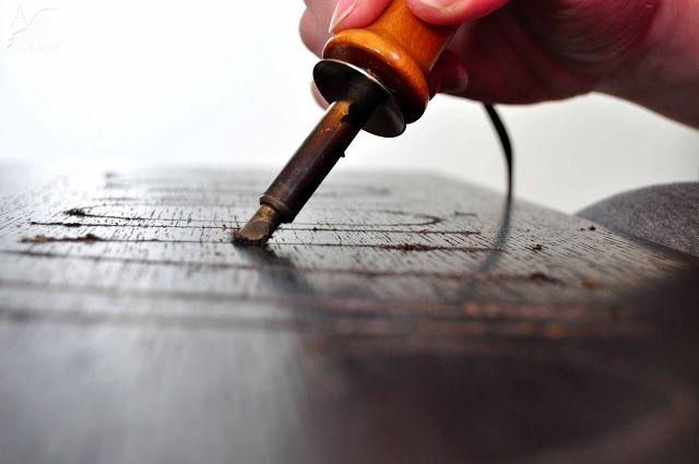 How to use a wood burning tool