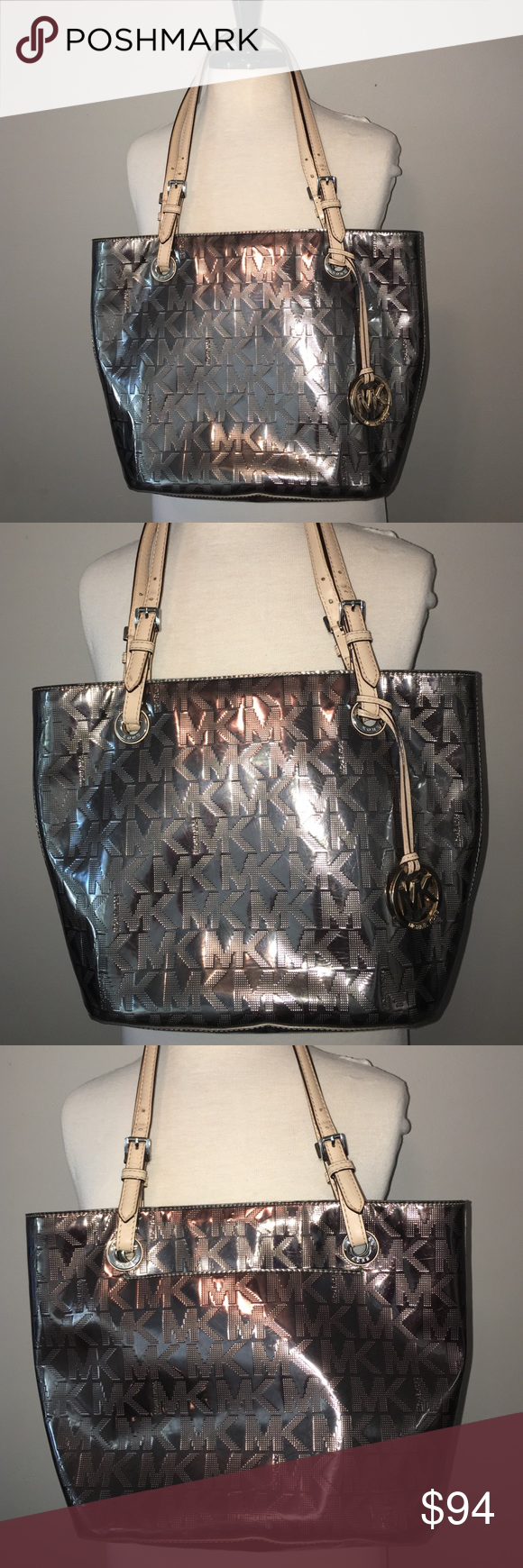 bb82565afcf8 Gorgeous and Gorgeous Michael Kors bag. Gorgeous Michael Kors bag, with  inside code AV