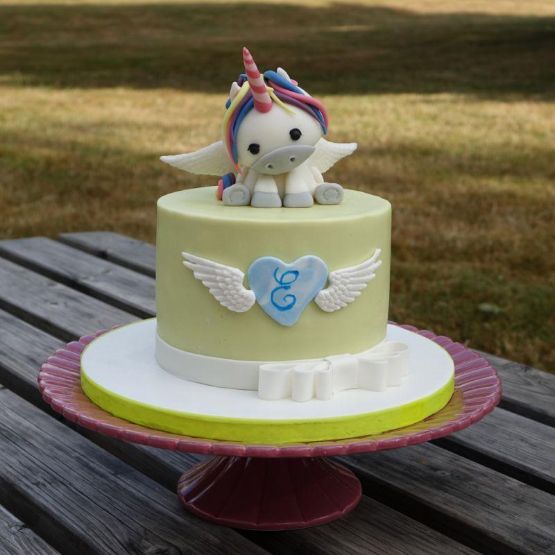 kawa unicorn cake topper licorne kawa studio53 g teaux 2d 2d cakes pinterest. Black Bedroom Furniture Sets. Home Design Ideas