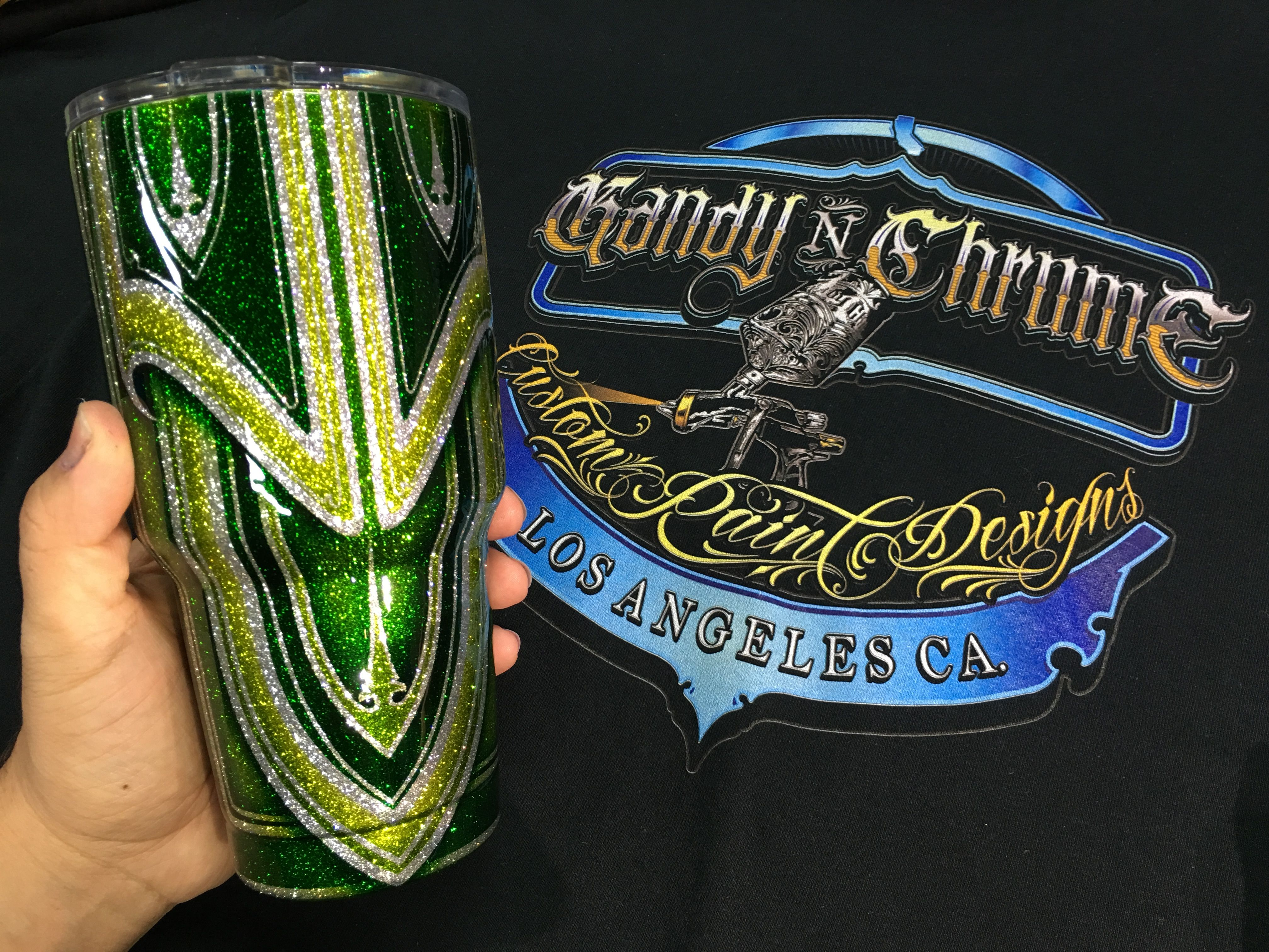 Kustom painted yeti style cups painted with House of Kolor clears kandies and flakes. For custom Kolor combinations let me know the kolors of your choice in the note areas when ordering.