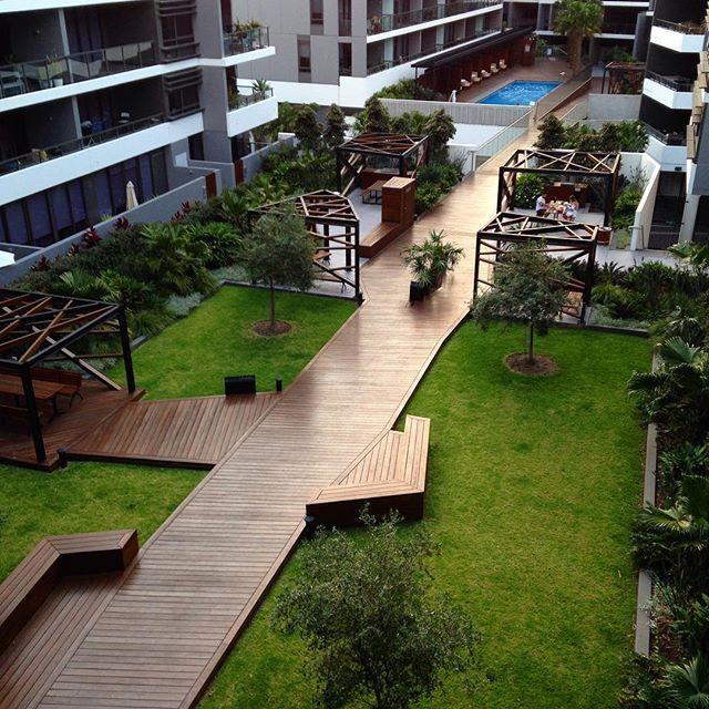 apartment complex courtyard - Google Search   Landscape ...