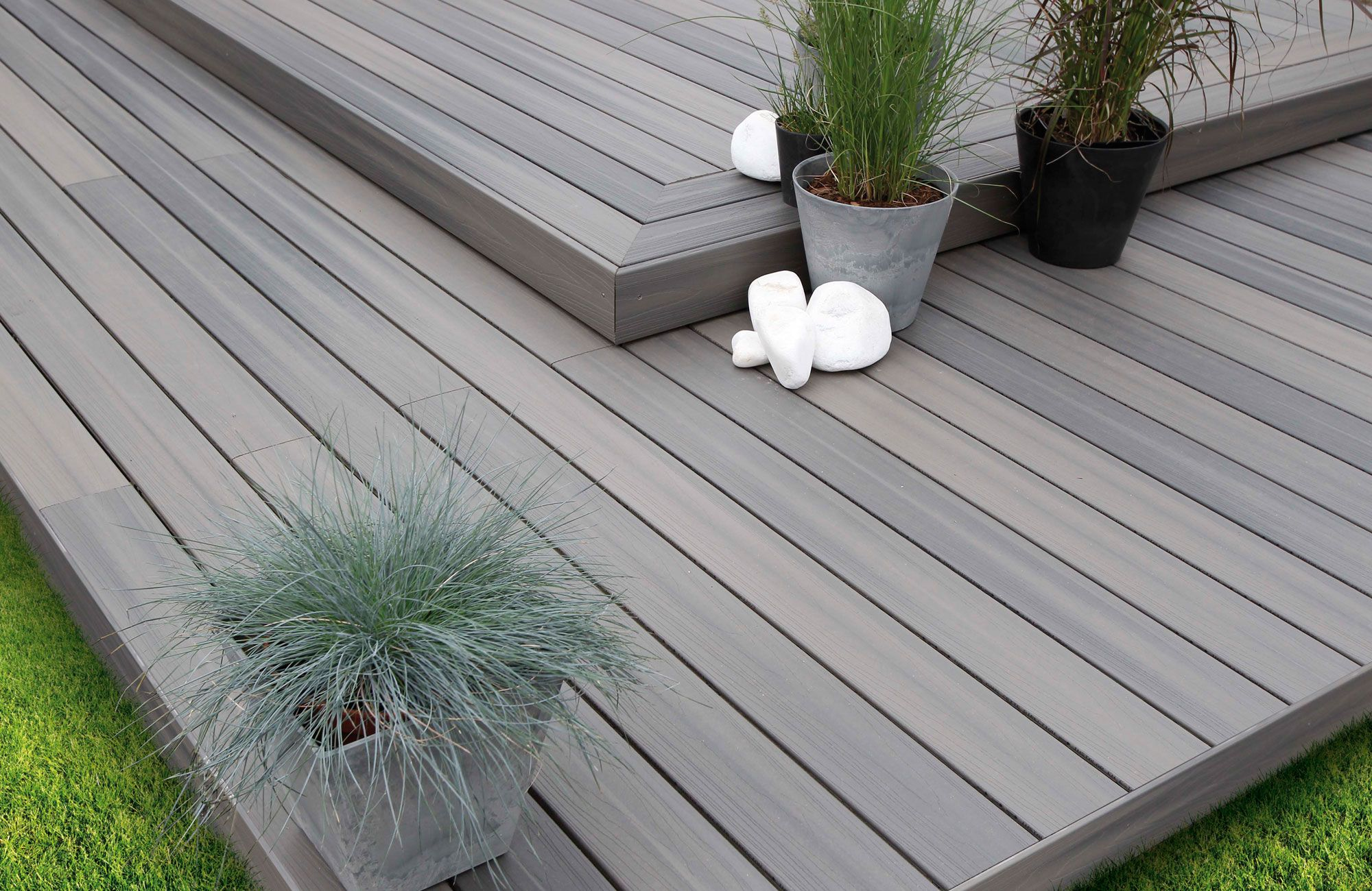 Point P Amenagement Exterieur Terrasse En Composite Xtreme Aspen Gris Plancher
