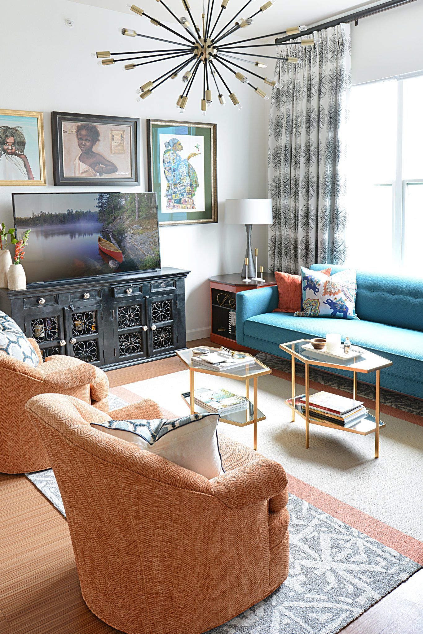 93cp3sdun79ogwsnz6k6nwkg32fed5vvxzrvcde83rj1 595x893 5 Tips For Decorating  A Small Space With Southern Style