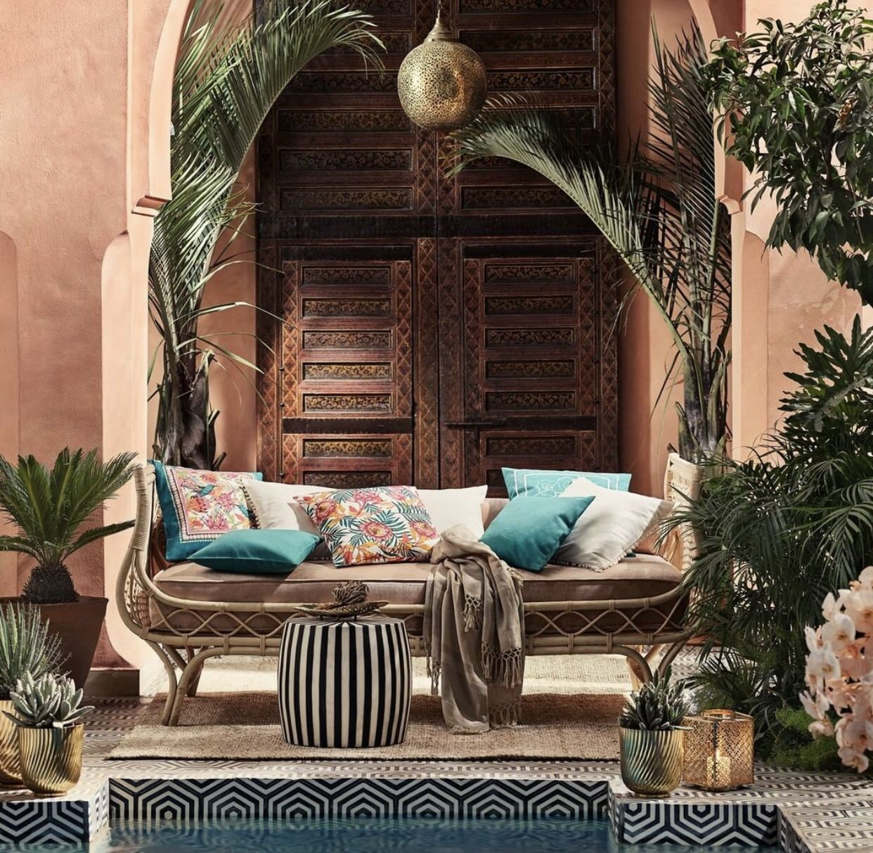 Pin by Briana Mejia on Living room ideas | H&m home, Decor ...
