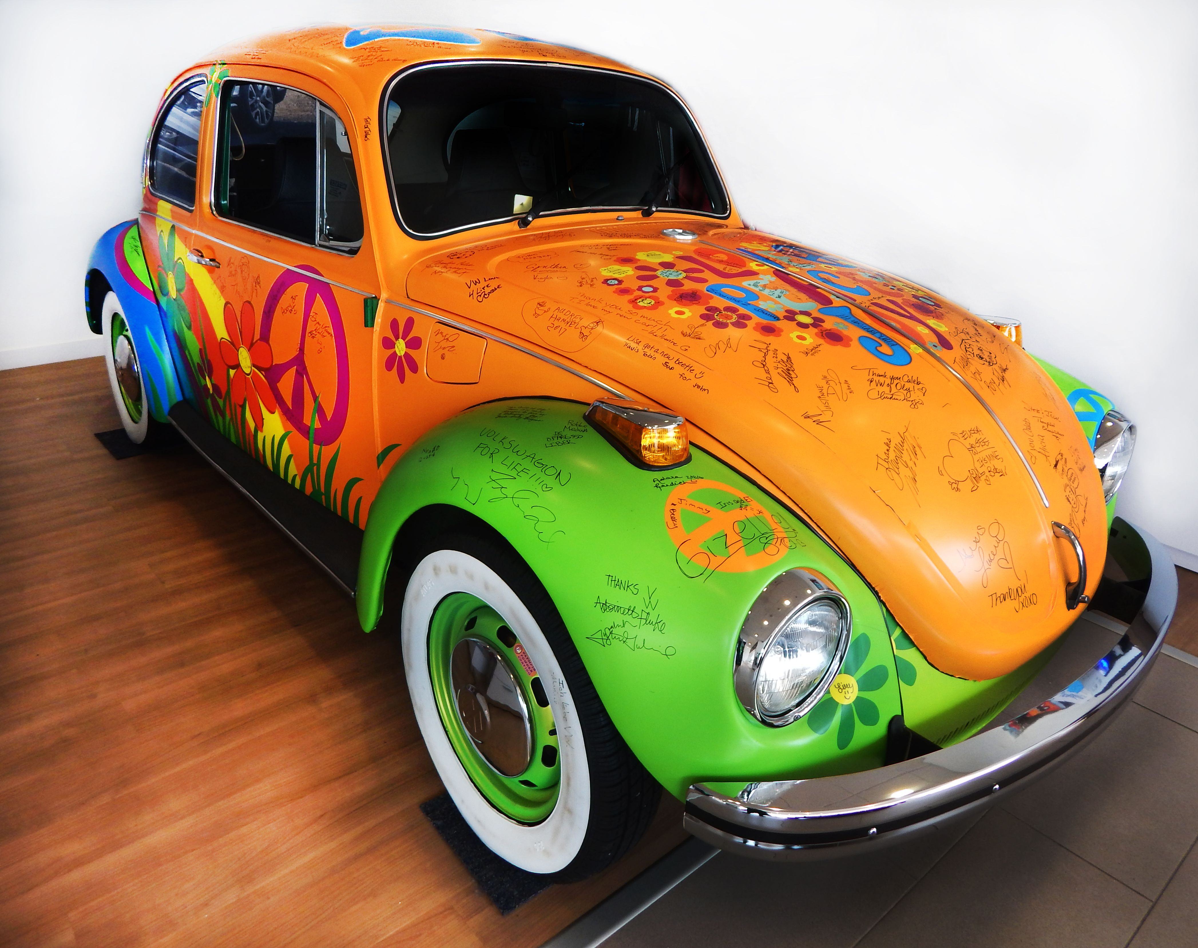 peace, love, joy, and vw. <3 this little lovebug is enjoying its