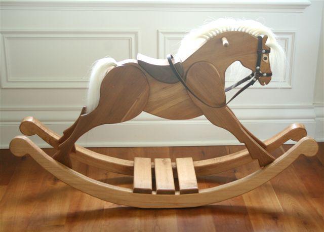 5 wooden horses  5 wooden horses