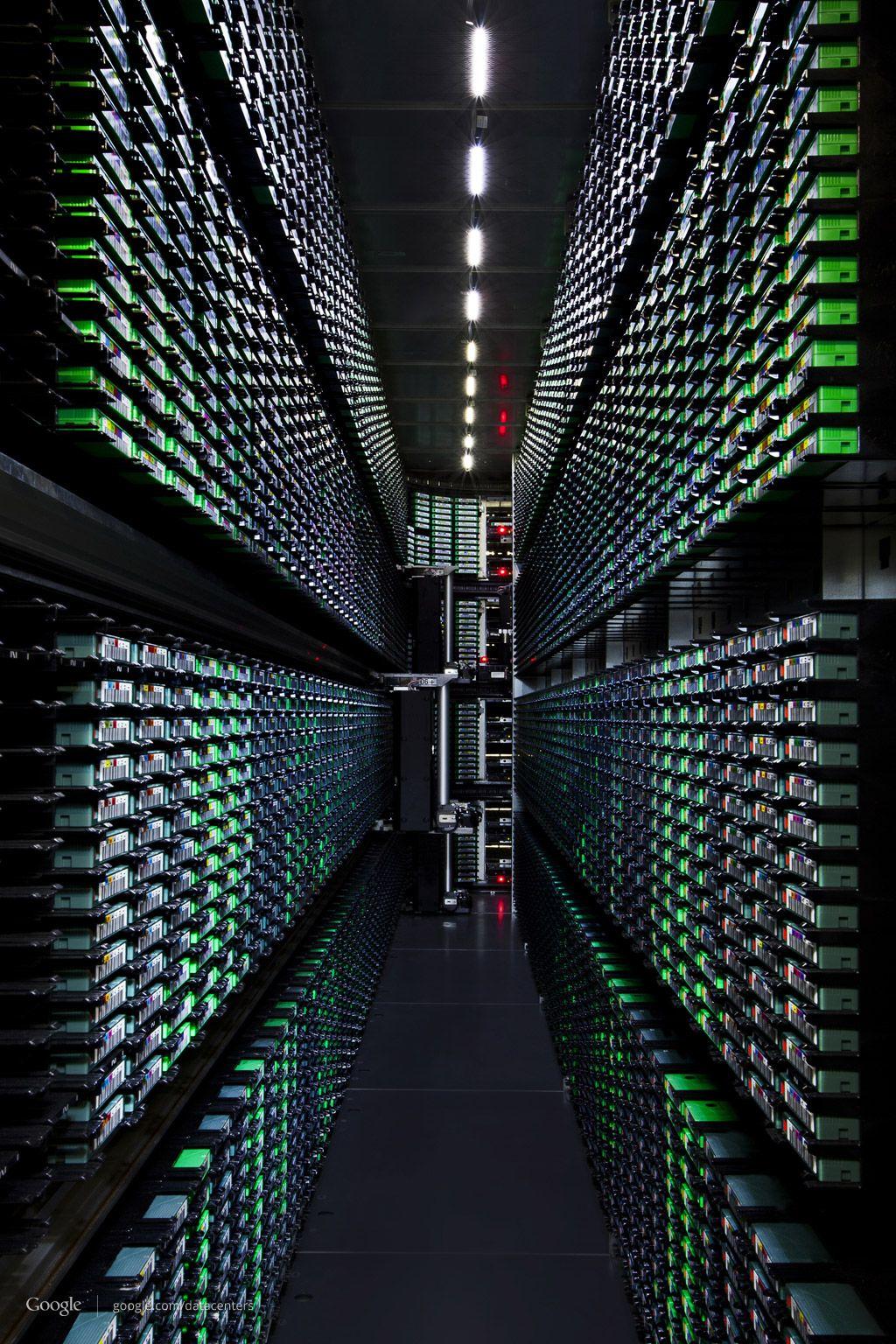 A Tour Of Google S Top Secret Data Centers Page 5 Of 6 Avec