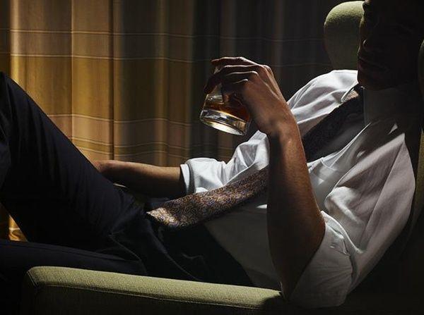 Maridinho curtinho um whiskey, finalmente aprendeu que a vida nao e feita so de…