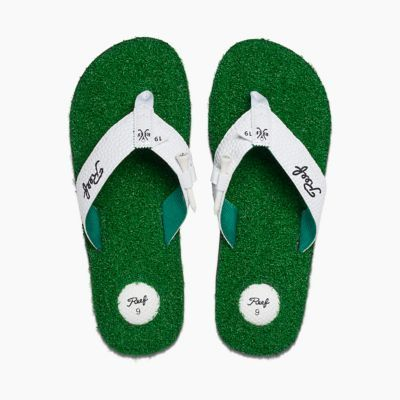 The Mulligan Ii Is A Reef Mens Sandal That Keeps The Grass
