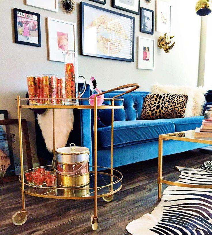 21 Fresh Design To Decorate Living Room With Blue Velvet Sofa Velvet Couch Living Room Living Room Decor Home Decor
