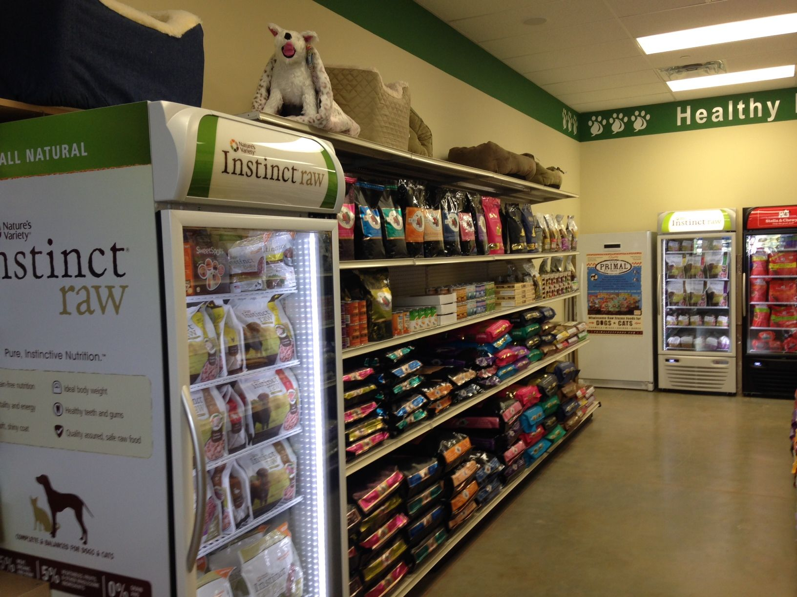 Natural Pawz A Shot Of Our Creekside Location Food Animals Pet Store Nature