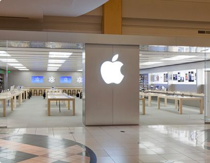 Apple Store at Somerset Mall