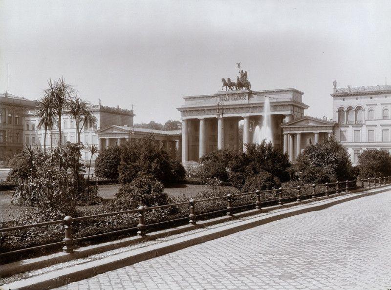 1900 Pariser Platz Berlin Berlin Geschichte Berlin Spree