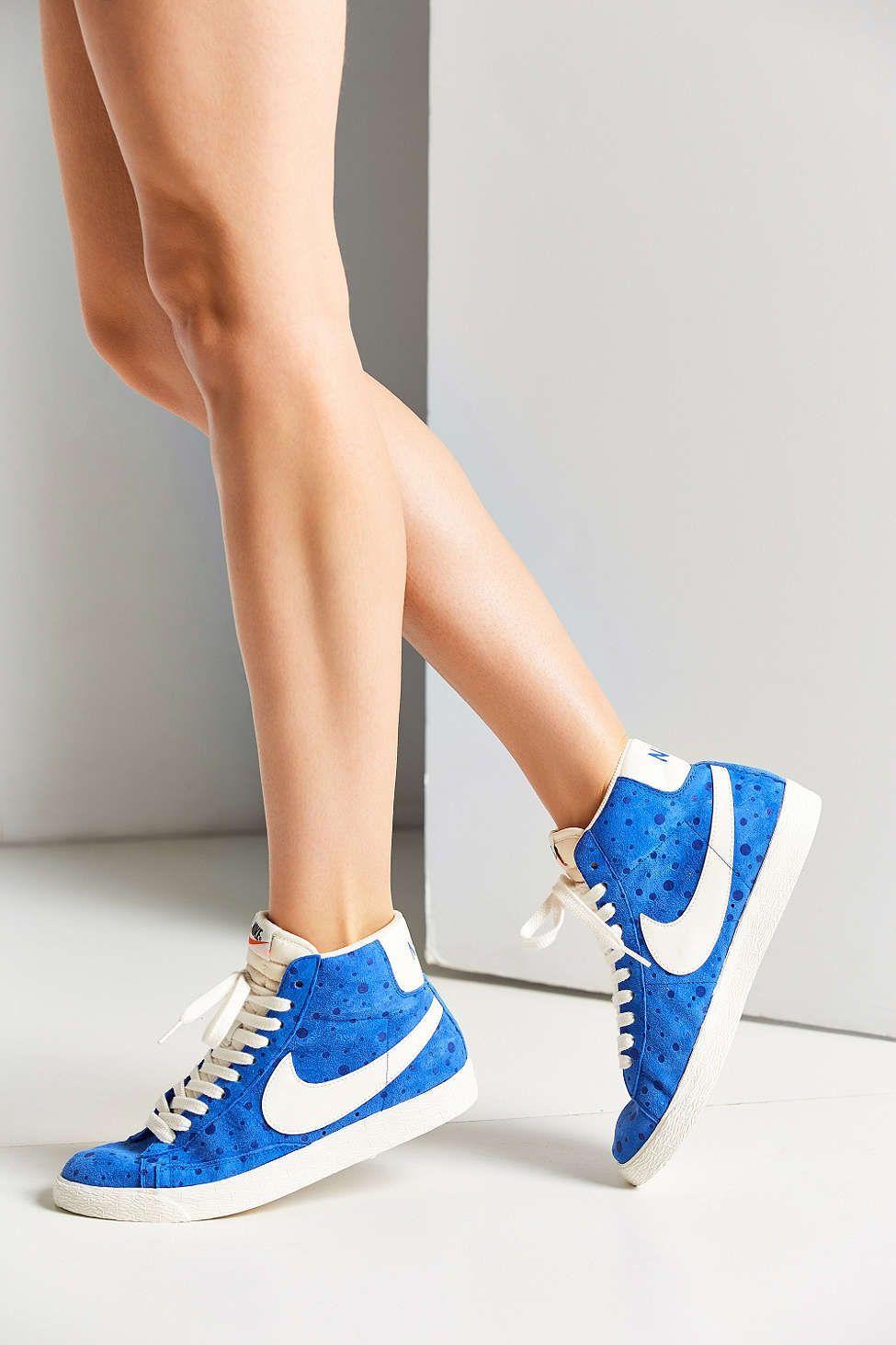 los angeles eede3 178bd Nike Women s Blazer Mid Suede Vintage Sneaker