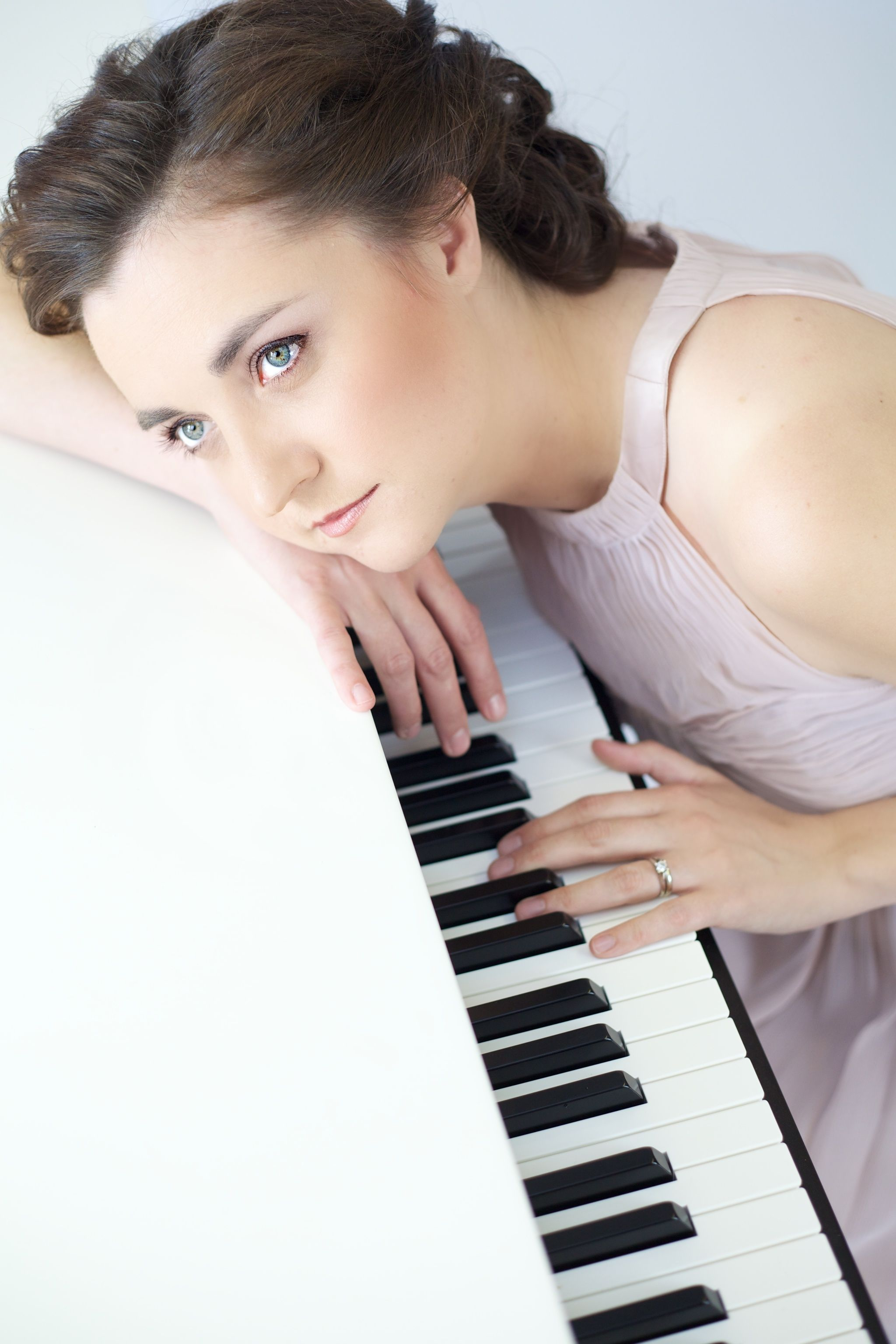 For the perfect wedding music, instrumental piano music
