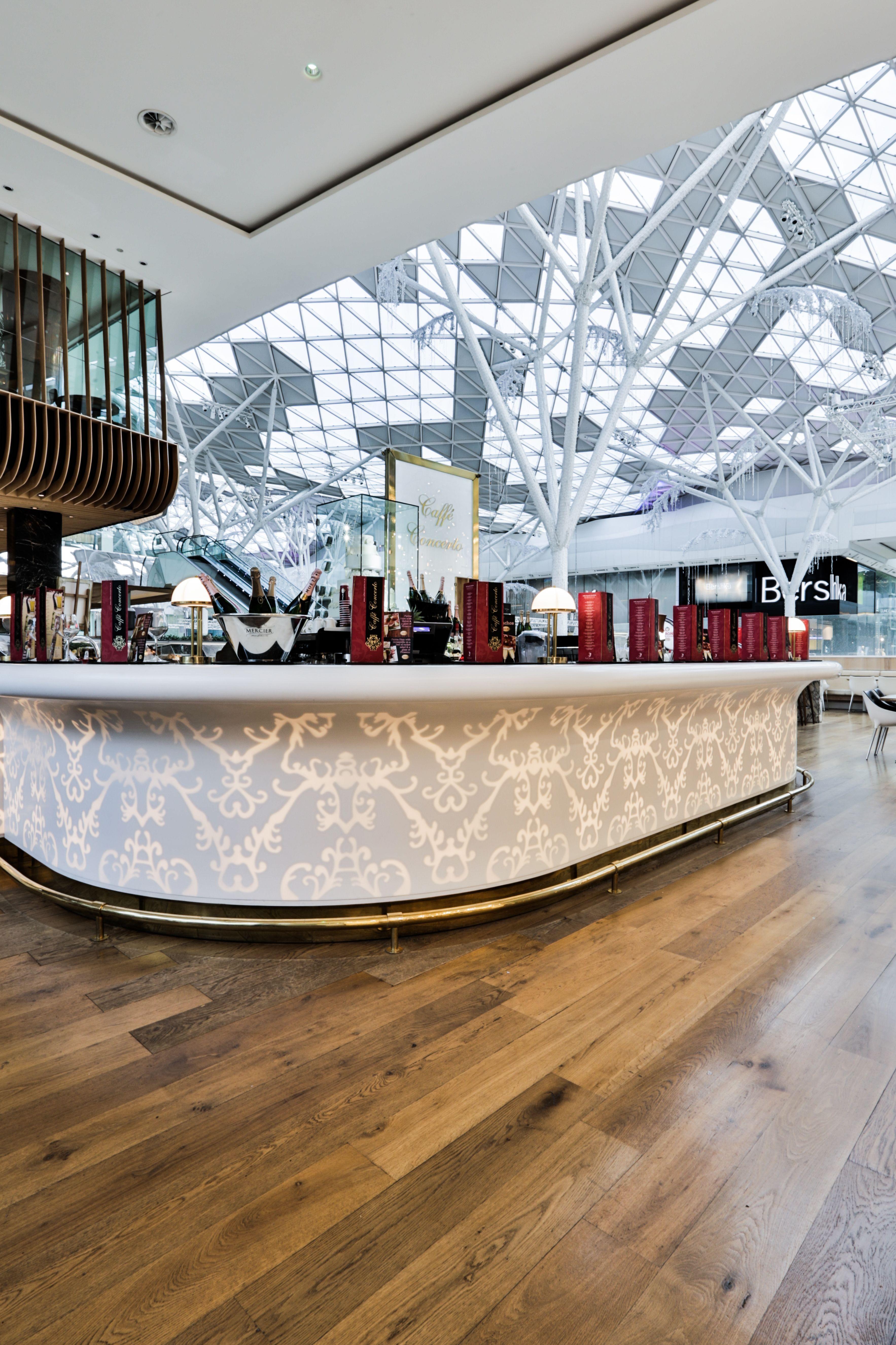 Tresen Design restaurant tresen hinterleuchtet aus mineralwerkstoff design