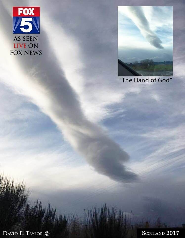 Pin By Lidiane Pinheiro On Nuvens Estranhas Pretty Sky Bible Inspiration Bible Love