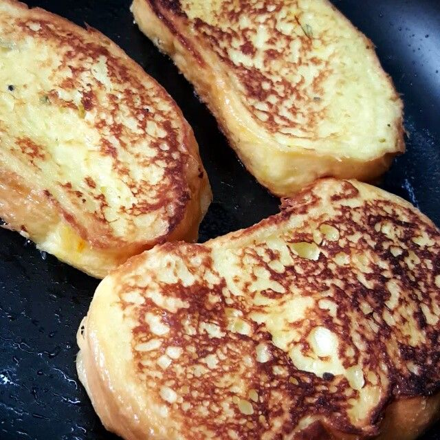 Instagram Video By أول وأكب ـر مد و نه كو ي تيه Dec 22 2015 At 7 46am Utc Breakfast Food Toast