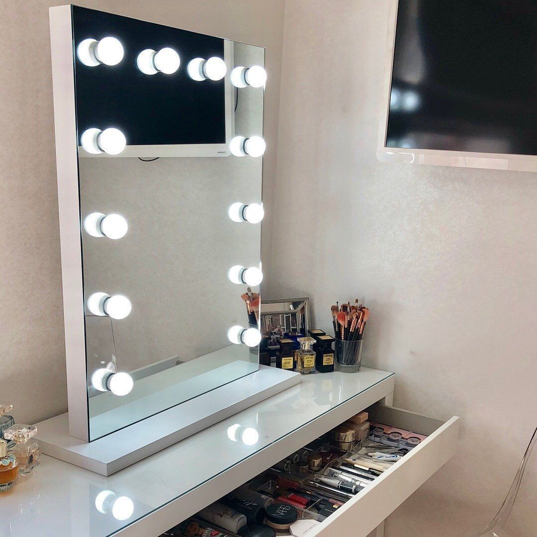 Alicia Hollywood Style Mirror with Lights 80 x 60cm en